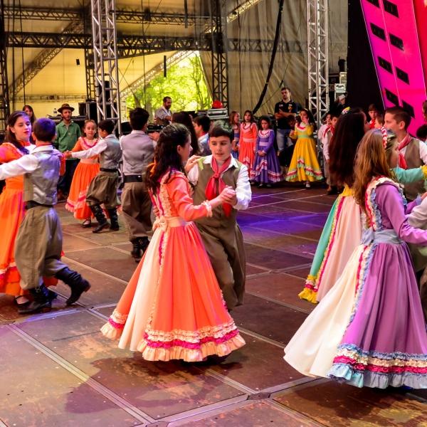 Oktoberfest promove Noite de Integração de Culturas